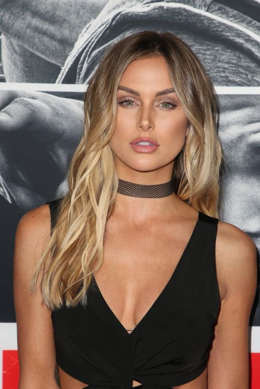 LALA KENT at Den of Thieves Premiere in Los Angeles 01/17/2018