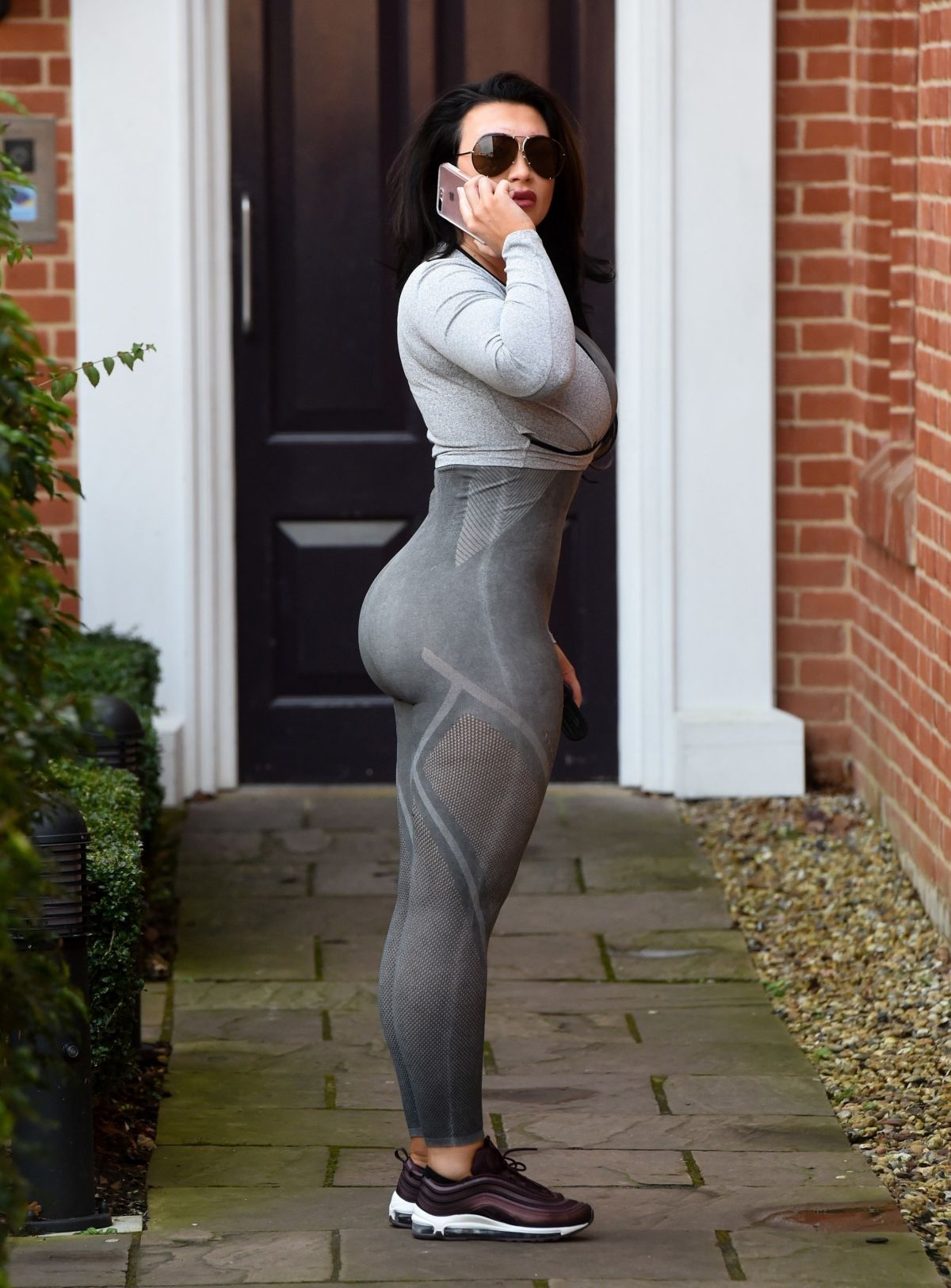 Lauren Goodger Tights Essex 12 Demi Lovato Outfit