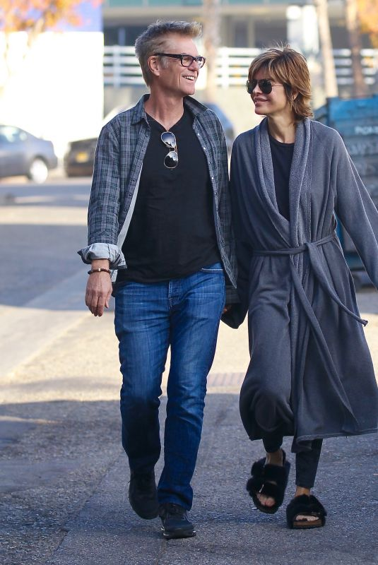 LISA RINNA and Harry Hamlin Out for Brakfast in Studio City 12/31/2017