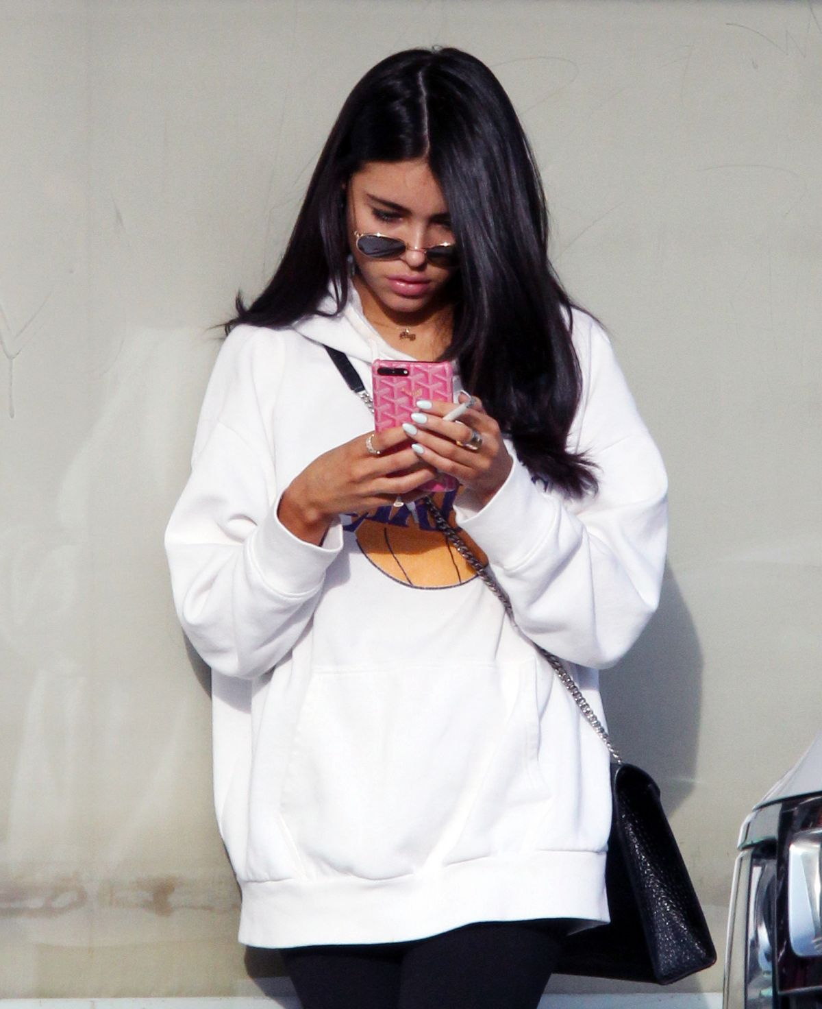 MADISON BEER Leaves Hands Nail Spa in Los Angeles 01/02/2018 ...