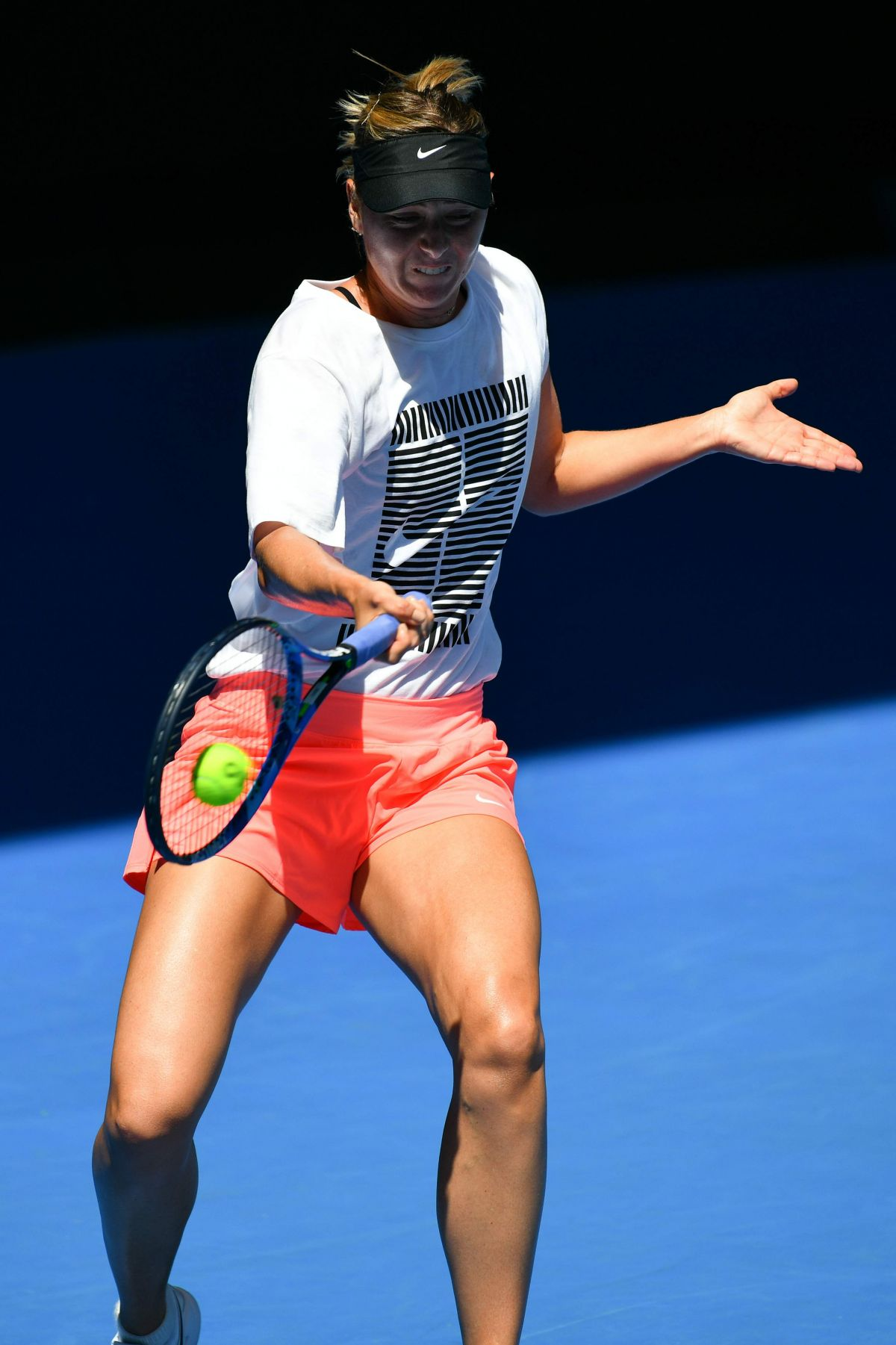 MARIA SHARAPOVA at Practice Session at Australian Open ...