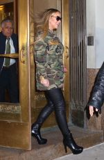 MARIAH CAREY Out and About in New York 01/24/2018 | picture pub