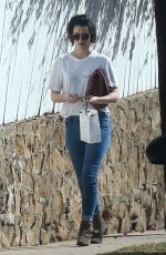MARY ELIZABETH WINSTEAD Arrives to Her Home in Brentwood 01/05/2018