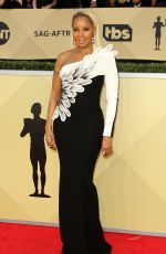 MARY J. BLIGE at Screen Actors Guild Awards 2018 in Los Angeles 01/21/2018