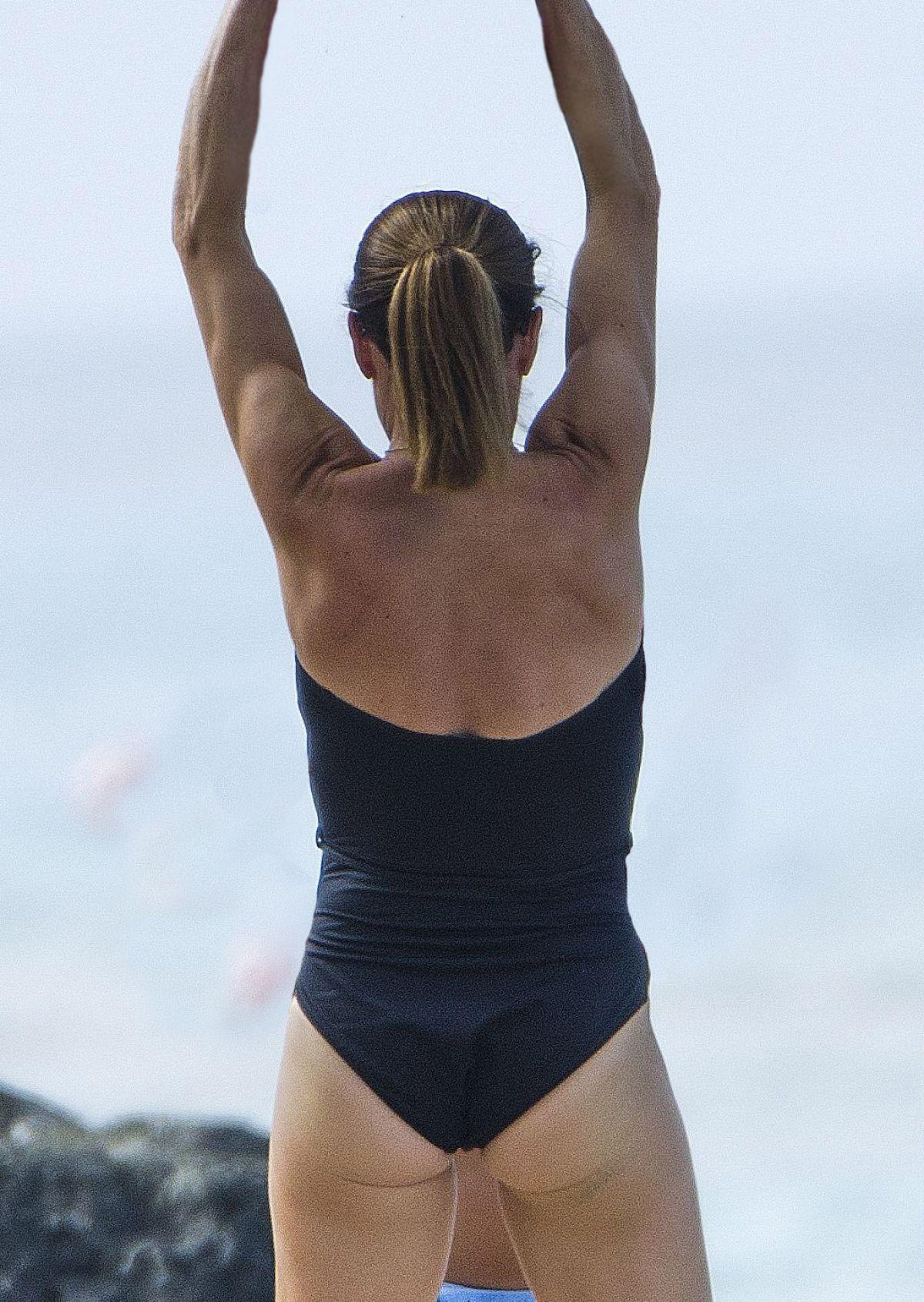 Bikini Natalie Pinkham nudes (38 photo), Ass, Sideboobs, Feet, legs 2020