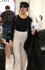 OLIVIA CULPO at Los Angeles Intenational Airport 01/08/2018