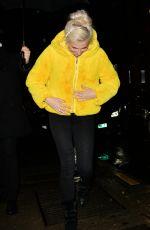 PIXIE LOTT Leaves Ritz Hotel in Paris 01/21/2018