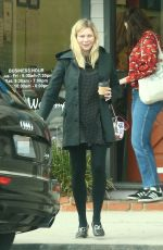 Pregnant KIRSTEN DUNST Out and About in Toluca Lake 01/19/2018