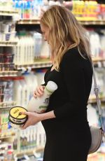 Pregnant KIRSTEN DUNST Shopping for Groceries in Los Angeles 01/29/2018