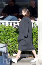 Pregnant MIRANDA KERR Out for Lunch in Brentwood 01/21/2018