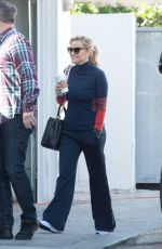 REESE WITHERSPOON Heading to a Studio in Los Angeles 01/24/2018