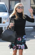 REESE WITHERSPOON Out and About in Santa Monica 01/10/2018