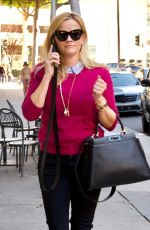 REESE WITHERSPOON Out in Los Angeles 01/23/2018