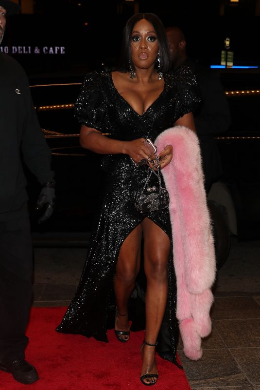 Remy Ma: Arriving to the Clive Davis Annual Pre-Grammy