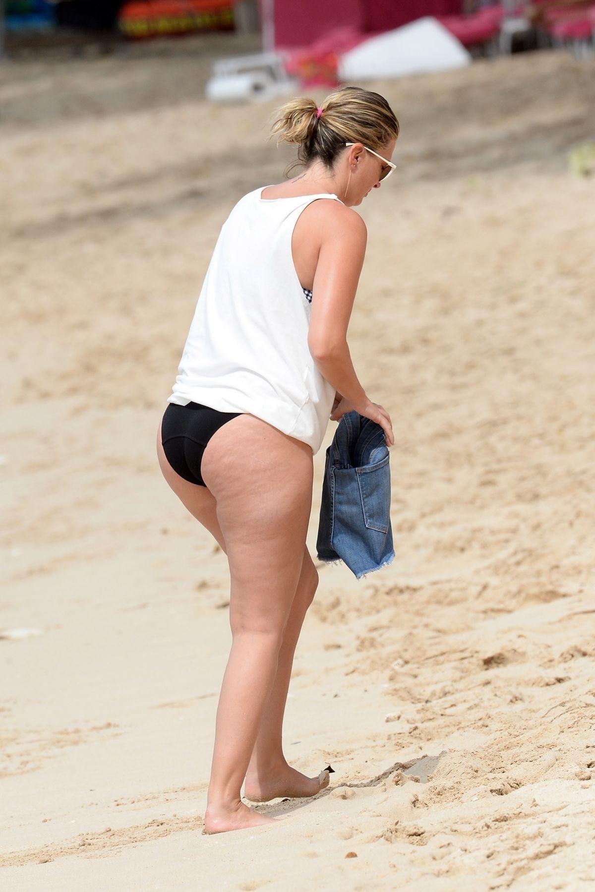 Shauna sand tits