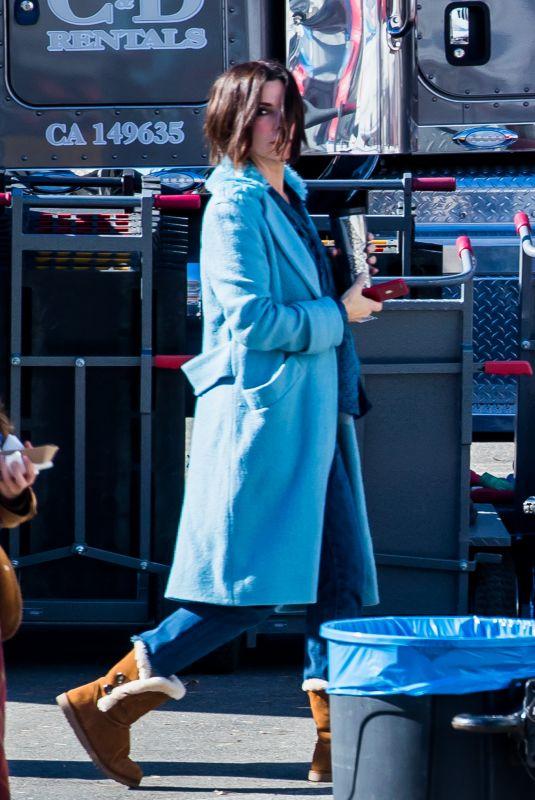 SANDRA BULLOCK and SARAH PAULSON on the Set ofBird Box in Los Angeles 01/13/2018