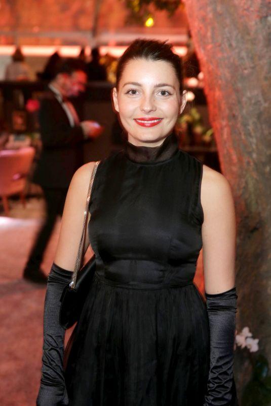 SARA ALVITI at 75th Annual Golden Globe Awards in Beverly Hills 01/07/2018