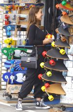 SOPHIE MUDD Out Shopping in Venice Beach 01/10/2018