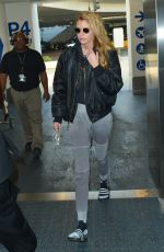 STELLA MAXWELL at Los Angeles International Airport 01/02/2018