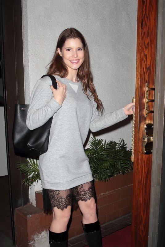 AMANDA CERNY Arrives at Madeo Restaurant in Hollywood 02/16/2018