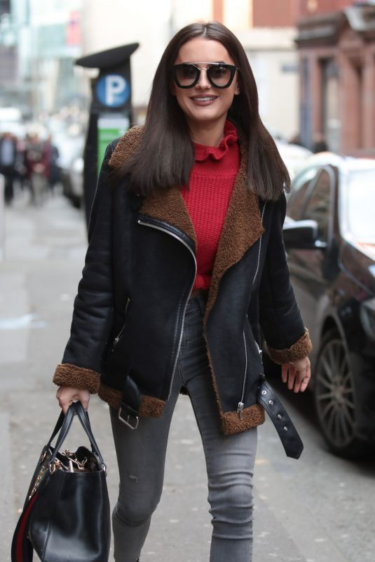 AMBER DAVIES Out for Lunch at Smokehouse Cellar Bar and Restaurant in Manchester 02/23/2018