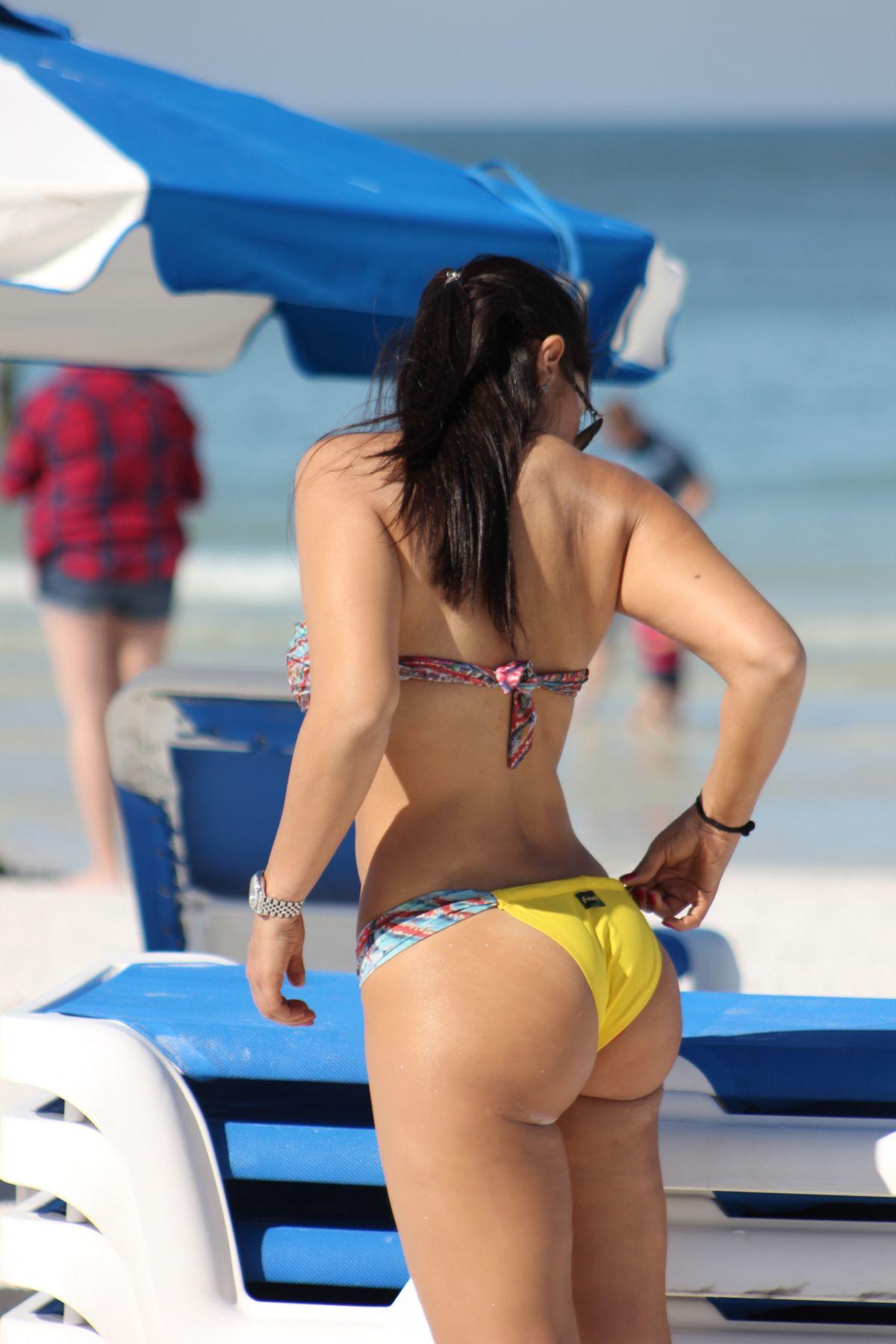 Andrea Calle in Bikini on the beach in Miami Pic 5 of 35