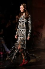 BELLA HADID at Missoni Fashion Show at MFW in Milan 02/24/2018