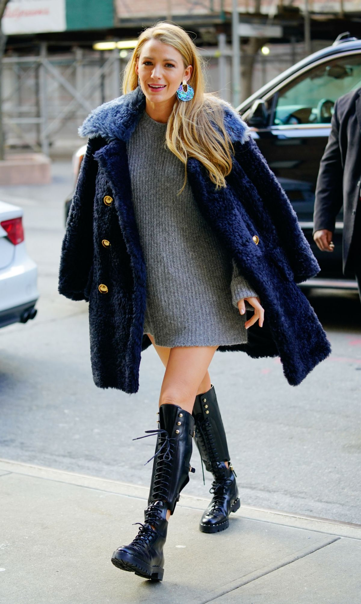 BLAKE LIVELY Out in New York 02/15/2018 - HawtCelebs