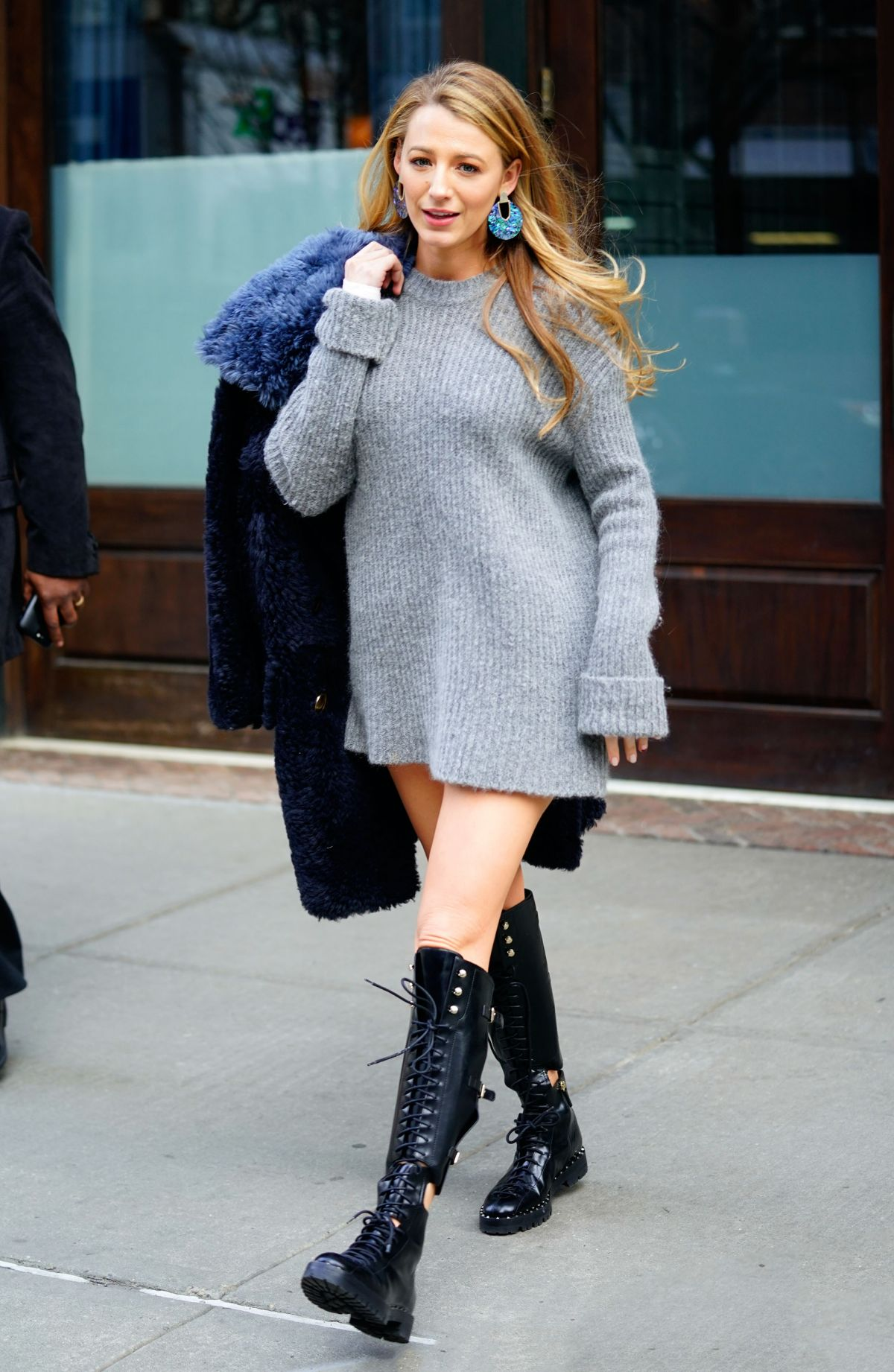 BLAKE LIVELY Out in New York 02/15/2018 – HawtCelebs