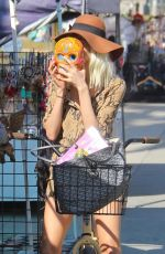 BLANCA BLANCO Shows Her New Blonde Hairstyle Out in Venice Beach 02/04/2018
