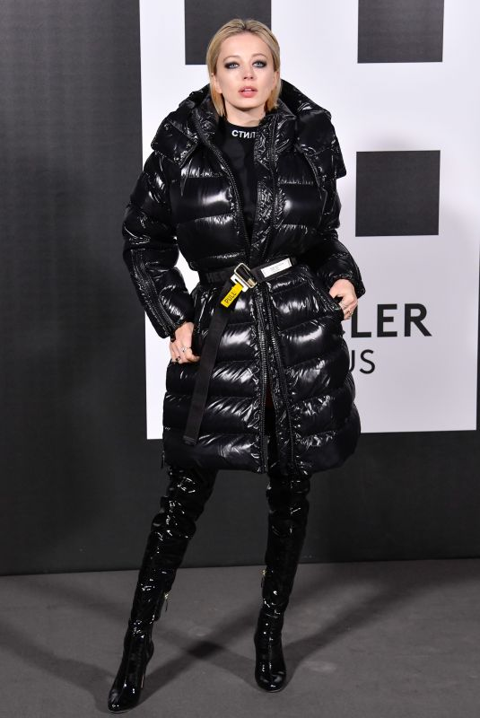 CAROLINE VREELAND at Moncler Genius Project at Milan Fashion Week 02/20/2018