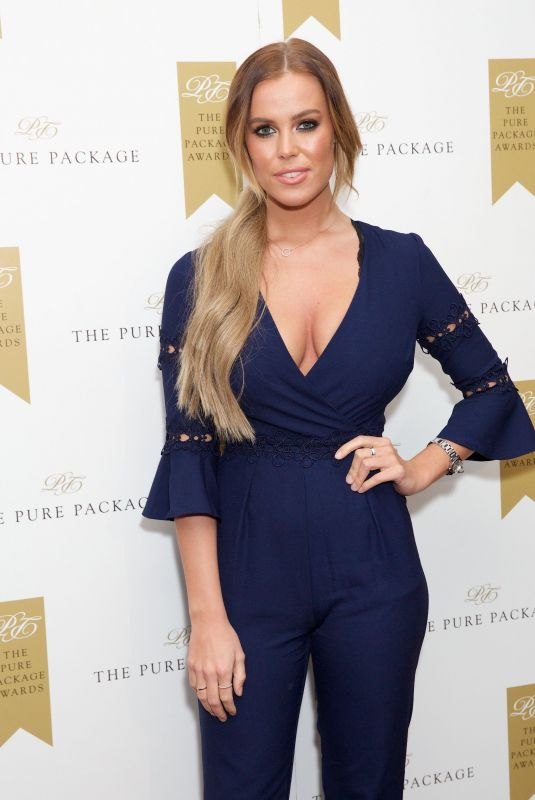 CHLOE MEADOWS at Pure Package Wellness Awards in London 02/01/2018
