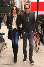 CINDY CRAWFORD and Rande Gerber on Valentine
