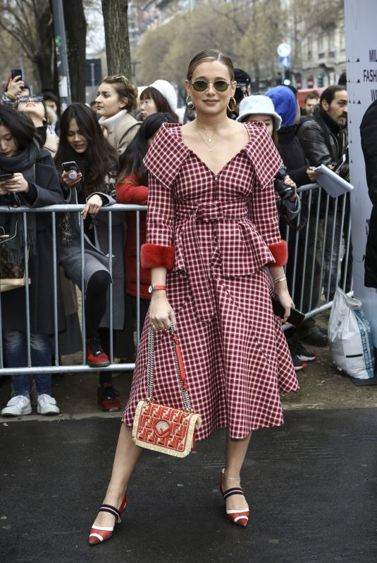 DANIELLE BERNSTEIN Arrives at Fendi Fashion Show in Milan 02/22/2018