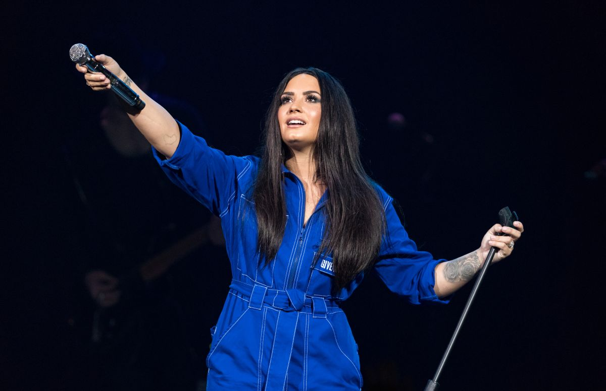 Who is demi lovato dating 2018