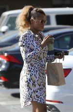 EVE Out for a Smoothie in Los Angeles 01/31/2018