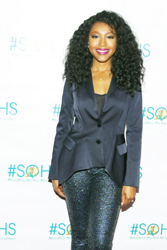 GABRIELLE DENNIS at 19th Annual Women