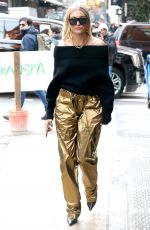 HAILEY BALDWIN Out in New York 02/09/2018