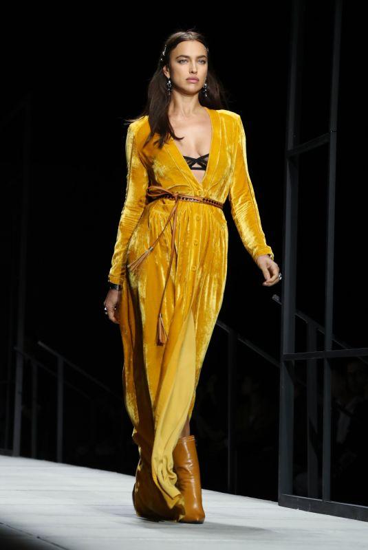 IRINA SHAYK at Bottega Veneta Catwalk at New York Fashion Week 02/09/2018
