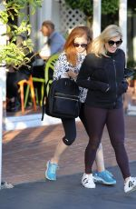 ISLA FISHER Out for Lunch at Mauro
