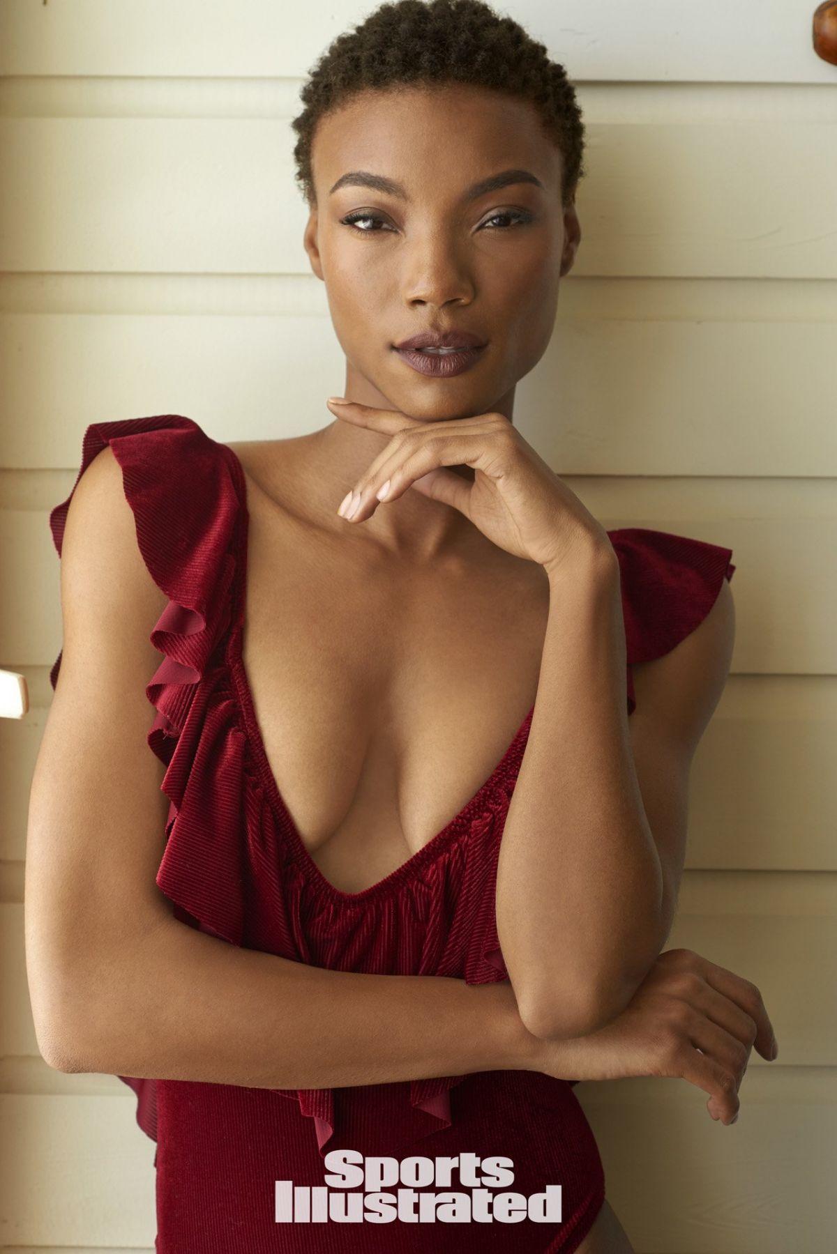 Iyonna Fairbanks Nude Photos 34