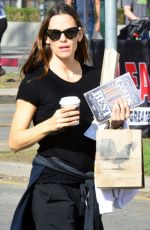 JENNIFER GARNER Out for Coffee and Goodies at Tavern in Brentwood 02/11/2018