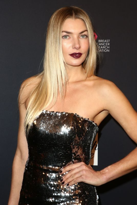 JESSICA HART at Womens Cancer Research Fund Hosts an Unforgettable Evening in Los Angeles 02/27/2018