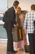 KATE HUDSON Flies Out of Sydney 02/20/2018