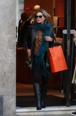 KATE MOSS Shopping at Hermes in London 01/31/2018
