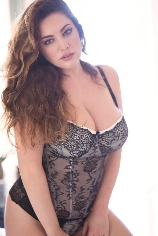 KELLY BROOK for Valentine