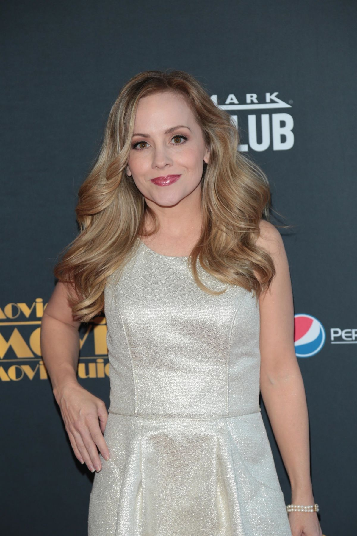 Kelly Stables Kelly Stables new pictures