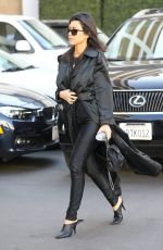 KOURTNEY KARDASHIAN Heading to Doctor