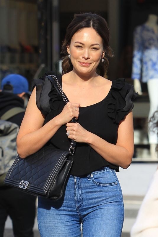 LINDSAY PRICE Out for Lunch in New York 02/01/2018
