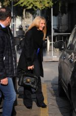 MICHELLE HUNZIKER Out for Lunch in Milan 02/12/2018